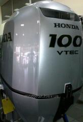 Suspended boat Honda BF 100 A LRTU motor...