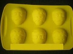 Silicone form on the tablet from six molds in the