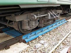 Railway truck scales