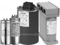 Low voltage capacitors