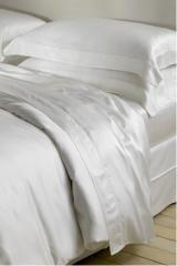 Bed linen for hotels, bed linen, production of bed