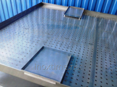 La mesa perforado del acero inoxidable