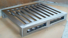 The pallet from stainless steel