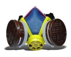 "Respirators: gazozaŝitnyj ""Poplar"", RPG67, pylegazozaŝitnyj RU60M"