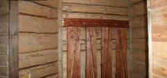Вешалки из дерева
