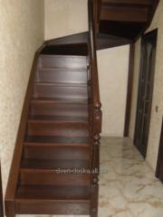 Разные лестницы в дом из дерева