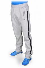 Зимние спортивные брюки Nike.