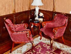 Мебель декоративная из дерева