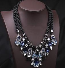 Massive women's necklace