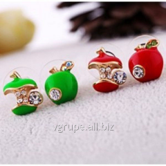 Carnation earrings apple