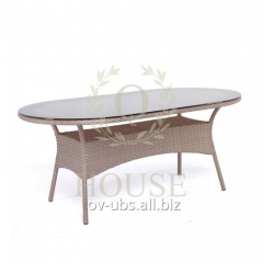 Dining table from Montana rattan