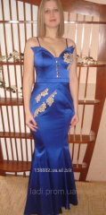 Evening dress in a floor with open shoulders Blue