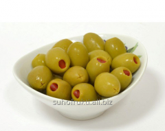 The olives stuffed with sweet red pepper