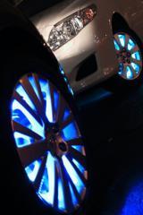 Automobile lighting engineering on multi-color