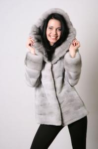 Куртка из натурального меха норки, в том числе