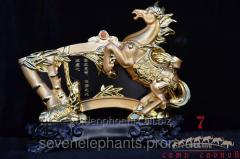 Figurine Horse bamboo 30х25