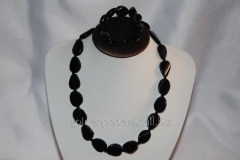 Beads and bracelet from a stone Agate 111511928