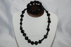 Beads and bracelet from a stone Agate 113254814