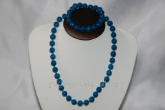 Beads and bracelet from a stone Quartz (colored)