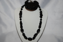 Beads and bracelet from a stone Agate 126453105