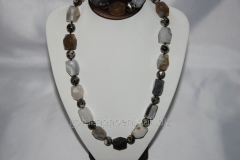 Beads and bracelet from a stone Agate 129102825