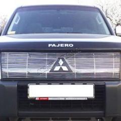 Накладка на решетку радиатора, Mitsubishi Pajero