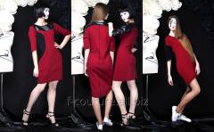Дизайнерское платье с приталенным силуэтом