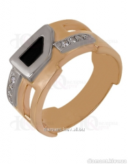 Gold ring of the 585th test with cubic zirconias,