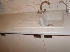 Раковины,столешницы для кухни из искусственного