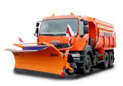 Комбинированная дорожная машина КрАЗ С20.2R