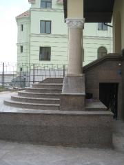 The entrance group facets granite of the Step the