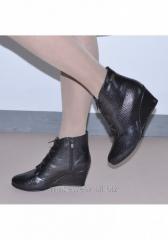 Ботинки женские шарлота питон 100-01
