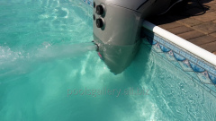 Counter-current flow of Aqua Jet 100 Azuro Czech