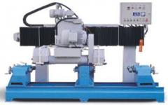 The automatic machine for cutting of vases,