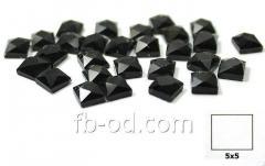 Stones pastes glue 5х5 black-upak 100 pieces 24010
