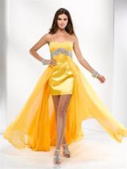 Glamourous sundresses and dresses