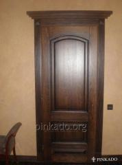 Door between rooms