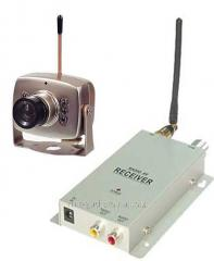 Analog Pass a set of wireless video surveillance,