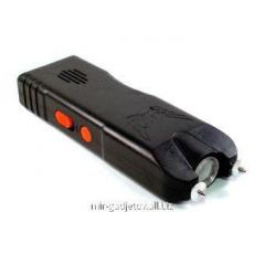 Portable manual stun gun