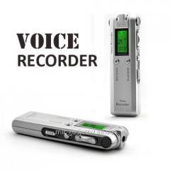 Профессиональный цифровой диктофон с FM, MP3, LCD монитором, памятью 2 Gb и двойным стерео микрофоном , HNSAT DVR-126. Код товара: 00687