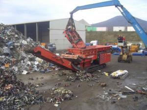 Grinder of large-size waste
