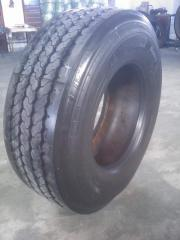 Восстановленная шина 385/65/22,5. Наварка. Бомба.