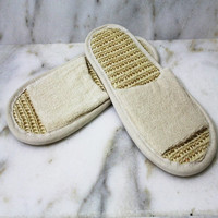 Slippers for a bath and a sauna