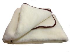 Blanket from sheep wool white, double