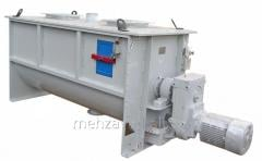 Mixer horizontal counterflow periodic action of