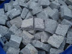 The stone blocks full-sawn buchardirovanny length