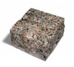 The stone blocks chipped length is 100 mm, width