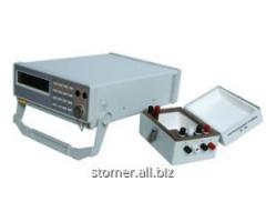 B2-39 voltmeters