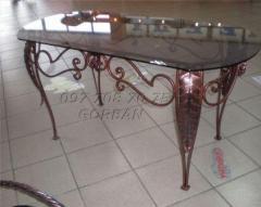 Столы кованые, кованые стеклянные столы, столы с