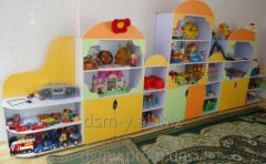 Стеллажи и стенки для детского сада